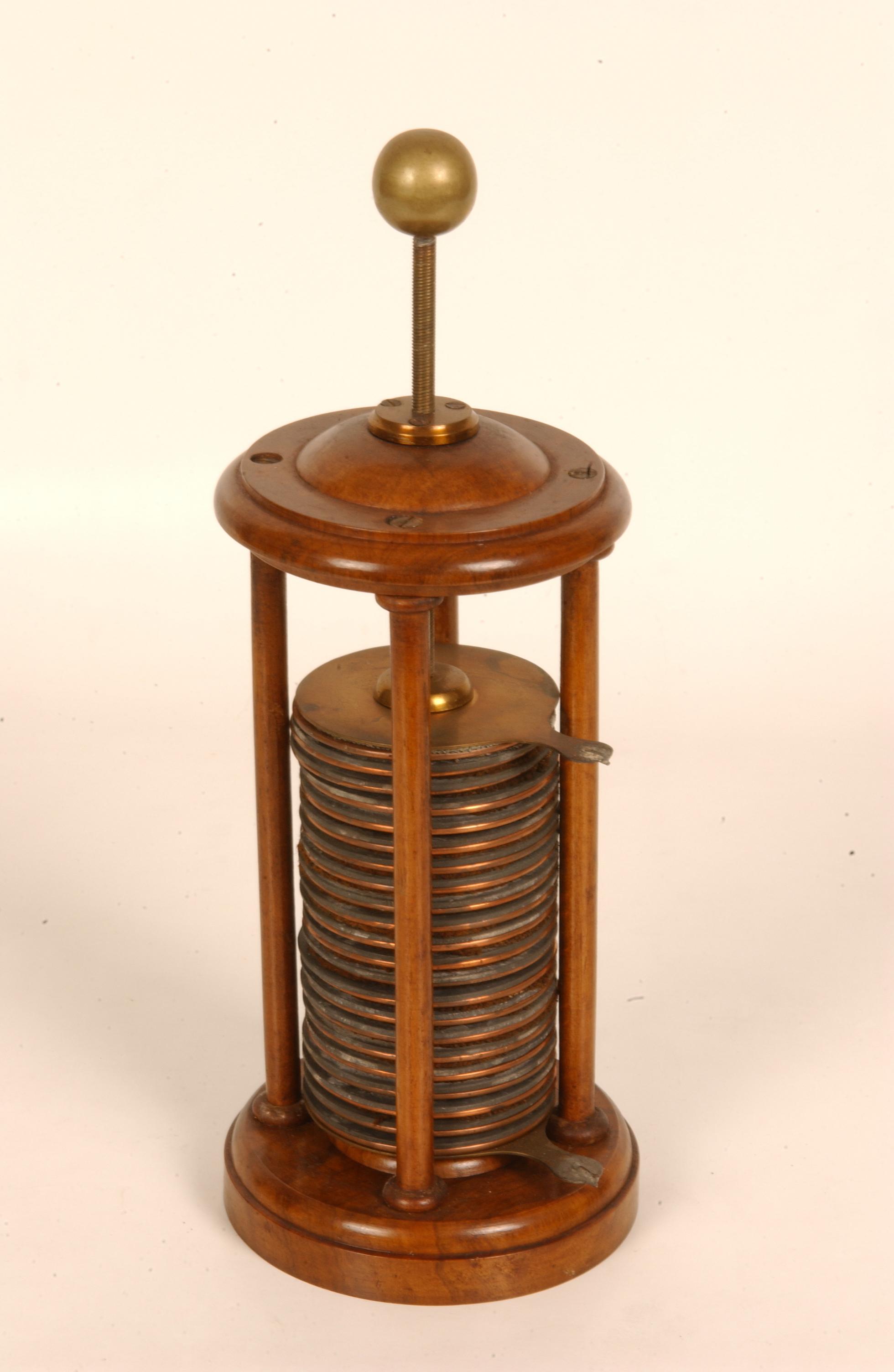 Volta column battery